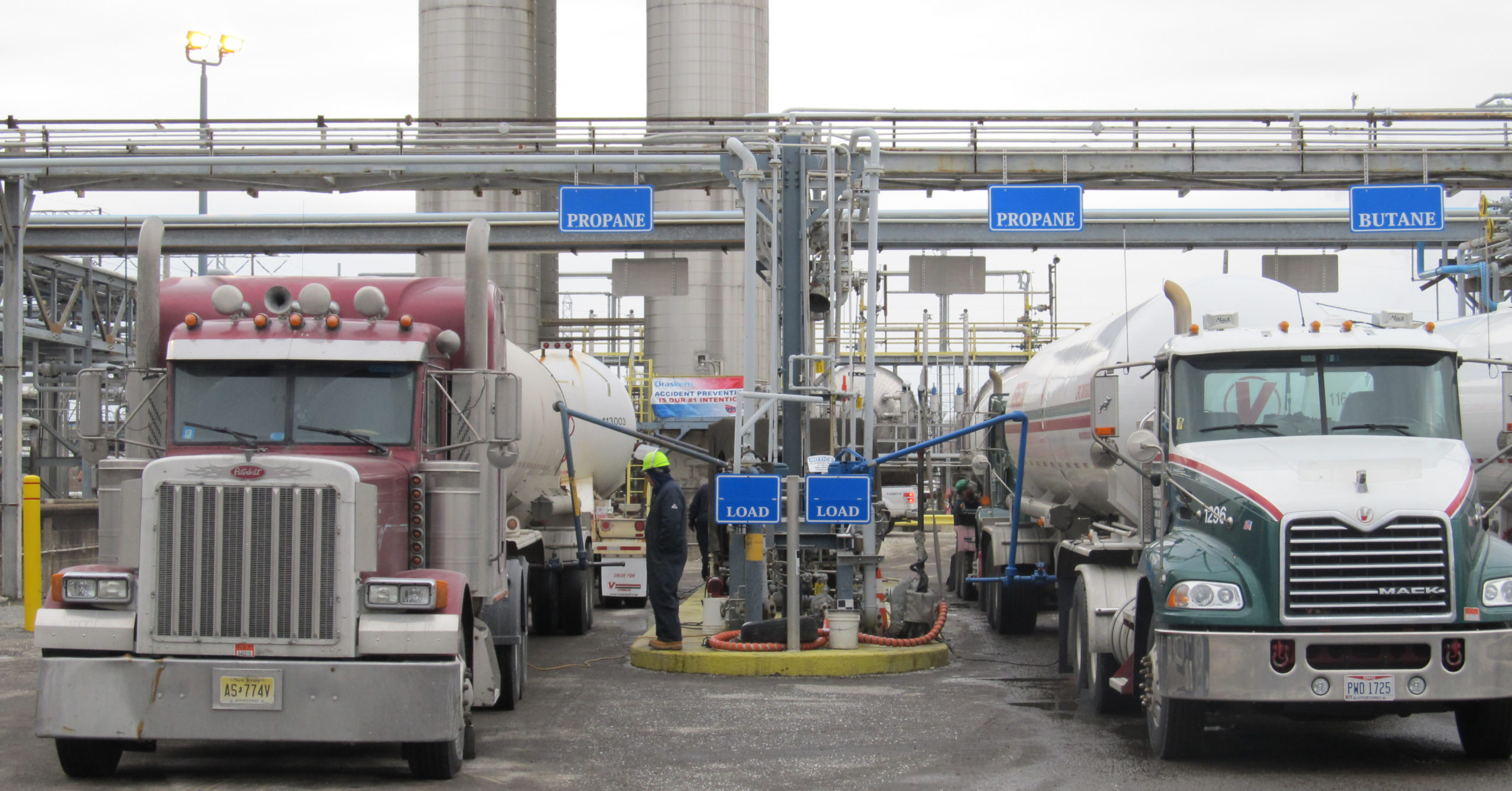 SP19 TruckRacksWiner FB scaled - Propane Sold at Marcus Hook Truck Racks Supplies Local, National Demand